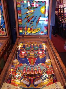Vintage Pinball Machines: Rocket--1959
